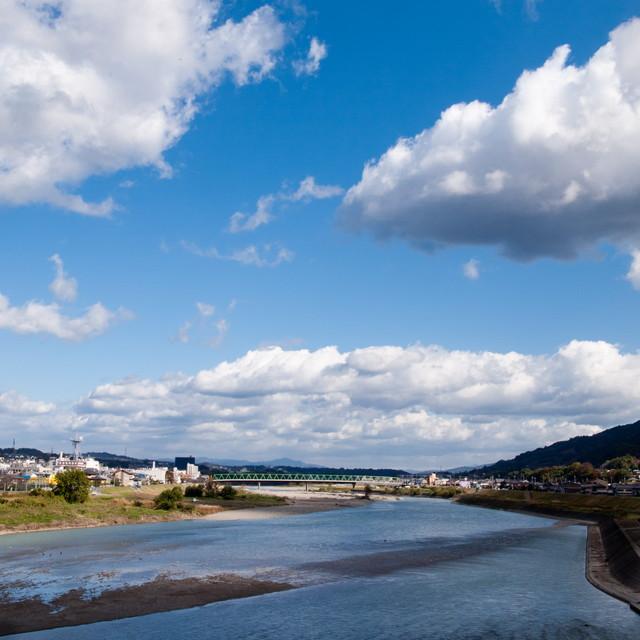 紀の川の秋